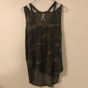 double strapped camo tank
